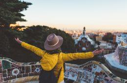 Solo traveler enjoying Barcelona
