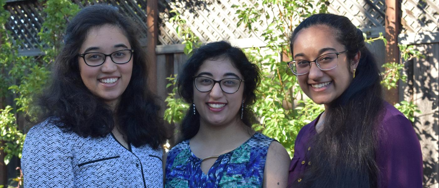 Posed photo of sisters Amulya, Alekhya and Ananya Vadlakonda together