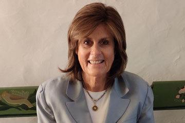Photo of Maureen Dee